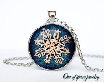 Christmas snowflake Necklace, Christmas snowflake Jewelry,  Christmas Art Pendant