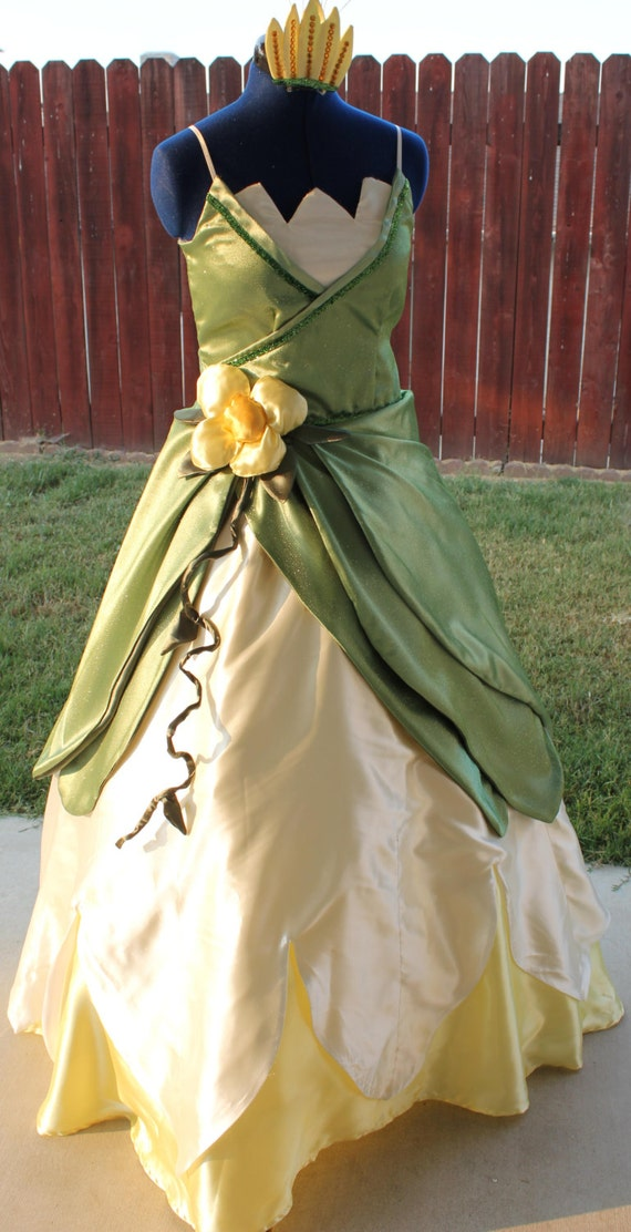 Green lily pad dress inspired by princess and the frog