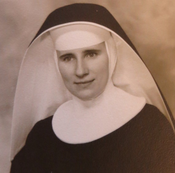 ulster single catholic girls Catholic lane is dedicated to providing online catholic readers timely catholic news and articles on every aspect of the catholic faith - from catechesis to business tips to inspirational stories - all loyal to catholic teaching.