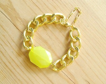 Chunky Gold Link Bracelet with Neon Yellw Charm, Neon Yellow with chunky gold link