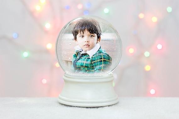 Photoshop snow globe template christmas card holiday for Photoshop weihnachtskarte