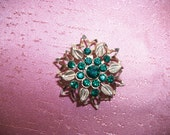 SALE - Vintage Gold-Tone with Emerald Green Rhinestones Snowflake / Flower Brooch / Pin