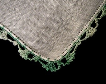 Vintage Hanky, White Hanky, Green Crochet Hanky, Vintage Hankies, Something Old, Vintage Linens, Wedding Hanky, Vintage Accessories, Retro