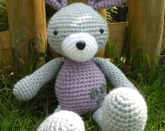 Crochet pattern - Floppy the Bunny