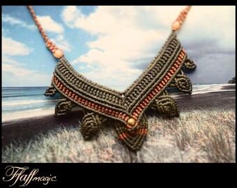 lovely earth leaf macrame necklace