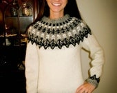 Leaves and branches fill this beautiful pattern. A handmade Icelandic sweater