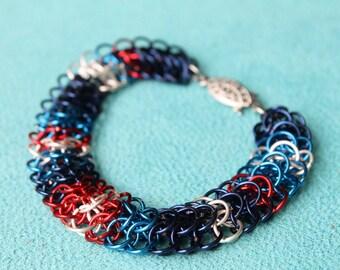 Nautical Stripe chain maille bracelet - flat