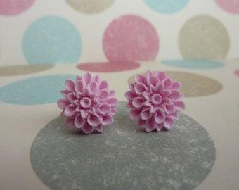 Light Pink Chrysanthemum Polymer Clay Flower Stud Earrings on Nickel Free Posts