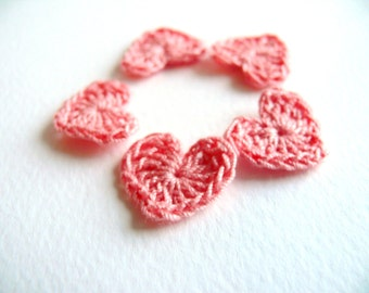 Crochet hearts, mini hearts, 15 tiny embellishments,applique, Valentines, small wedding favor, scrapbooking,wedding decorations, pink, cards