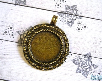 Round Brass pendant blank setting, antique bronze plated, for 25x25 mm cabochon, rustic, oxidized, unique emphasized frame, roped edges