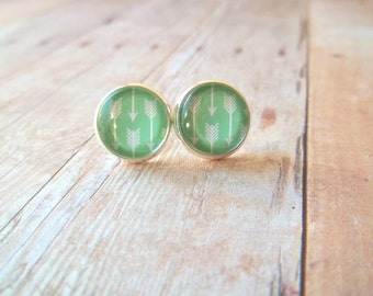 A R R O W S - Mint Green and White Arrow Photo, Glass Cab, Silver Plated Stud Earrings, 12mm