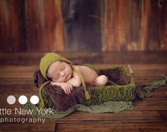 SALE  Newborn photo prop,newborn hat, newborn boy,newborn girl, knit newborn hat, newborn props, Newborn bonnet.  choose from over 50 colors