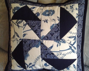 Quilted Pinwheel Pillow Cover in Shades of Blue