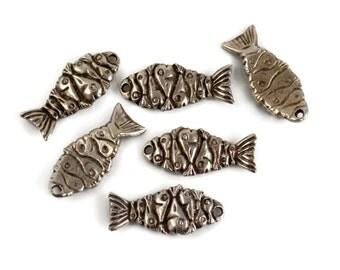4 Mykonos Fishy Fish - Pewter - 11x28mm