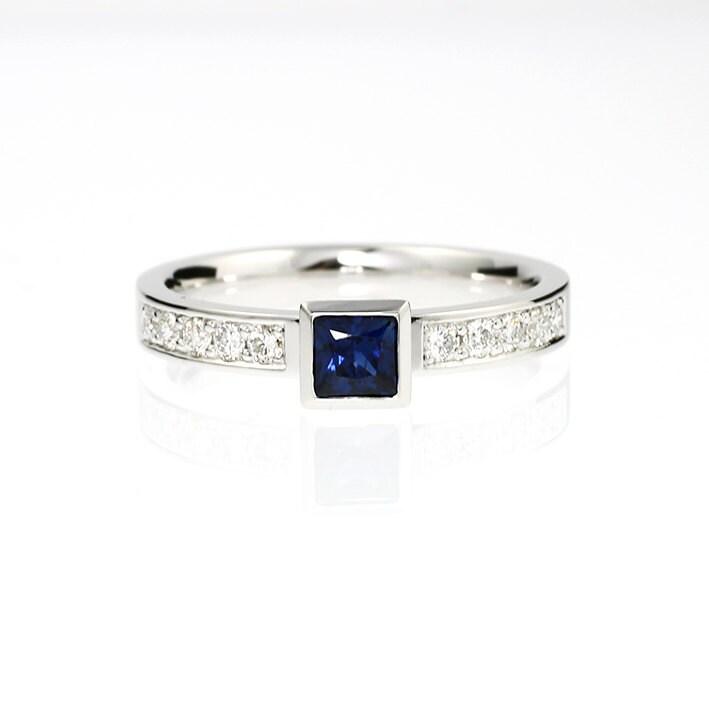 Blue Sapphire Engagement Ring Princess Cut Sapphire White