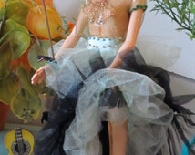 Melting Frida Barbie Doll Costume And Her Monkey In Memory Of Frida Kahlo Mexican Artis - Will Share Shipping Cost Outside USA