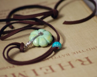 Stone Pendant Leather Necklace Adjustable Length Beach Casual Jewelry Handcarved Turquoise Howlite Faceted Glass African Style Bead Long