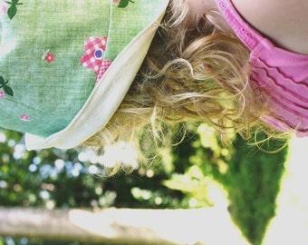 CHILDRENS SUN HAT / 5 - 8 yrs / vintage and organic cotton