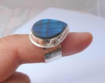 Labradorite Silver Ring, Sterling Silver Ring, Size 7.5 Handmade