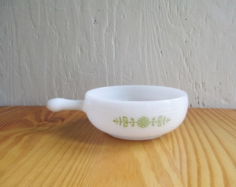 Retro Lug Bowl - Vintage  Milk Glass Handled Bowl, Green Daisy Pattern, Glasbake, French Casserole / Mid Century Retro Kitchen