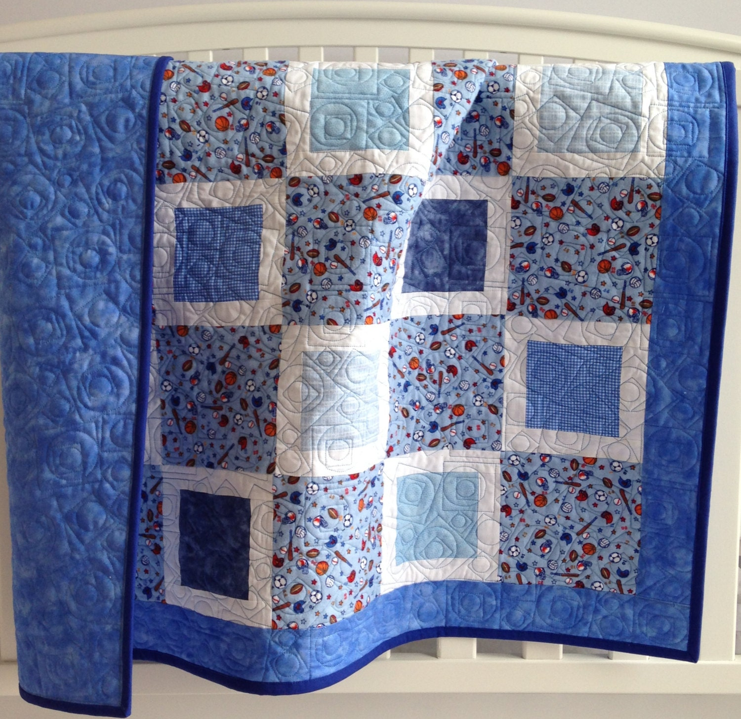 Baby boy quilt featuring sports in blue and white for Quilt material for boys