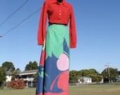 SALE Vintage 70s Maxi Skirt - Bold floral print Boho Festival Skirt -  Vintage Full Length Wrap Skirt Global Shipping