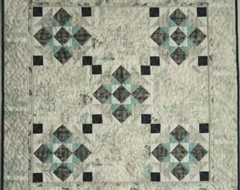 PDF Quilt Pattern - Jolie - Quilt Pattern - wall hanging pattern - beginner quilt pattern - easy quilt pattern, pdf download, small quilt,