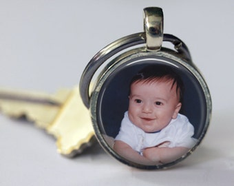 Personalized Custom Photo Key Chain - Round 25mm - Customized Key Chain - Choice of 4 Bezel Colors