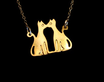 Kitschy Cats - Kissing Necklace