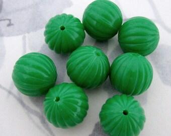 24 pcs. vintage fluted ridged green plastic beads 14mm - f2945