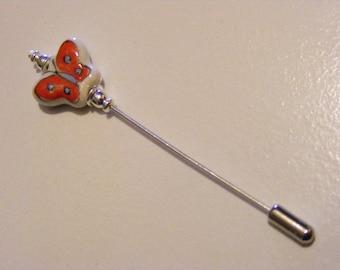 Butterfly Art Glass Stick Pin.........Lot 146