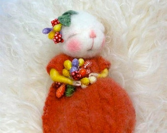 PDF CLASS Needle Felted Animal Dressed Mouse/Bunny Needle Felting Class to create BOTH the Bunny and Mouse