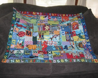 A to Z Animal Alphabet Baby  Crib Quilt Play Mat Reversible