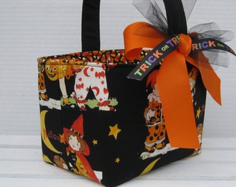 Halloween Candy Trick Treat Basket Bucket Tote - Vintage Kids on Black