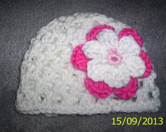Crochet baby girl Hat White with pink  flower 0 - 3 months