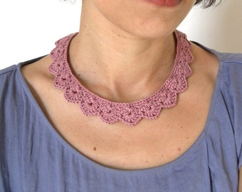 Lace Crochet Necklace - Pink