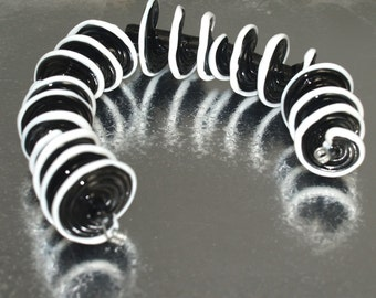Black and White spiral lampwork beads sra unique set of 7 Lampwork Beads glass beads, jewelry supplies, lampwork glass beads,  glass beads