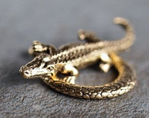 Alligator Crocodile Gold Plated Pewter 17x28mm Toggle Clasp : 2 Sets