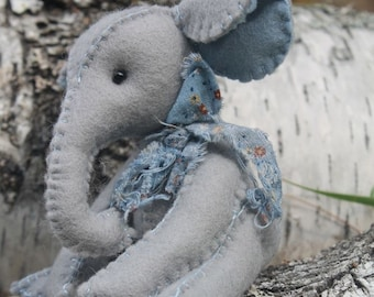 Tibbles The Elephant, felt toy, Waldorf inspired, downloadable PDF