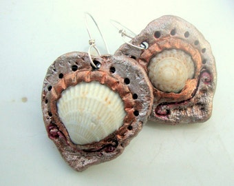 Mismatched Shell Heart Earrings
