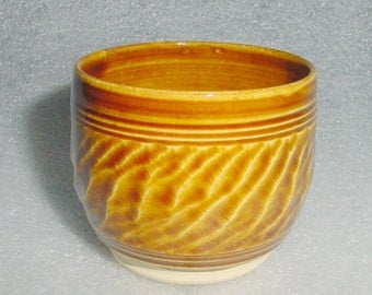 Wheel Thrown Pottery Amber Tea Bowl with Chattered Texture Exterior