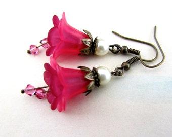 Rose Pink Flower Earrings,  Victorian Jewelry, Beaded Jewelry, Chandelier Earrings