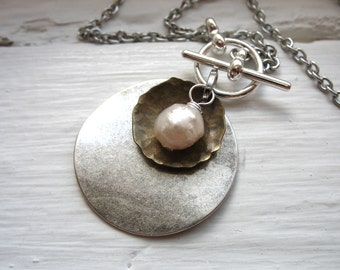 Pearl Necklace, Pearl Metalwork Necklace, Handmade Metalwork Pearl Charm Necklace, White Pearl Jewelry, Pendant Necklace
