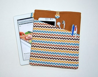 Chevron Hooty Hoot Brown - MacBook Pro 13 / iPad / Microsoft Surface Padded Sleeve Cover