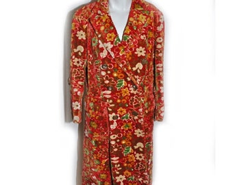 Vintage 1960s Bright Red Floral Brochade Coat