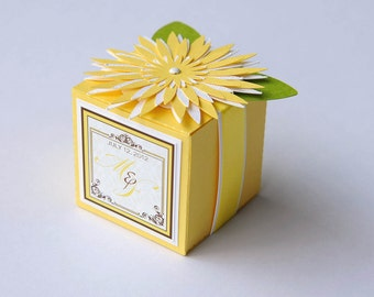 Set of 10 Yellow Flower Monogrammed Wedding Cube Box / Party Favor Box