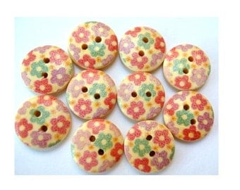 10 Wood buttons flowers ornament, 15mm