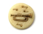 Vintage Glass Cabochon Music Trumpet 18mm - Ivory (1) VIC324