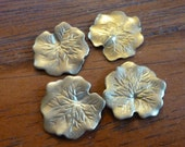 """Vintage Brass Stampings, 1960s Water Lily Leaves, Small Dapped Detailed Leaf Jewelry Findings, 16mm (appr. 2/3""""), 4 pcs. (C6)"""