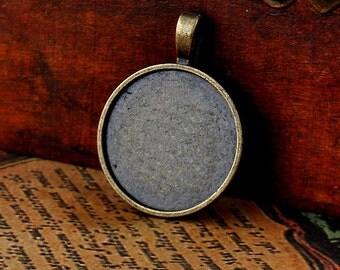 10 pcs antique bronze round base  - round inner size 25mm diameter. BN079A